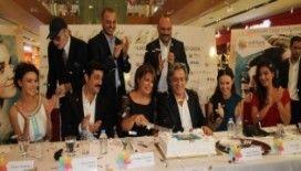Öyle Sevdim Ki Seni filminin ilk galası Trabzon'da yapıldı