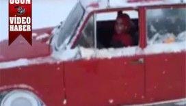 Hacı Murat ile buzda drift yapan bayan sürücü video izle..