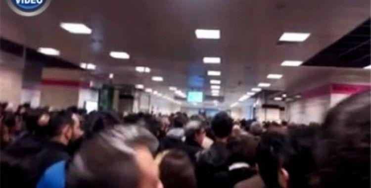 Sis bastırdı, İstanbullular Marmaray'a akın etti