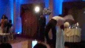 Geline düğün hediyesi: Döner tekme