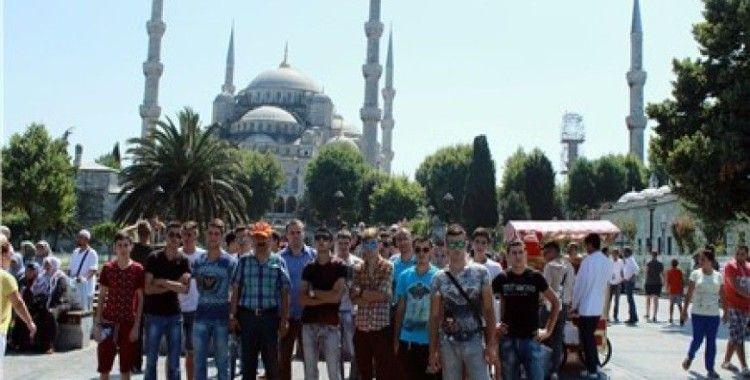 Anadolu İmam Hatip Lisesi öğrencileri mesleğe TDV desteğiyle hazırlanıyor