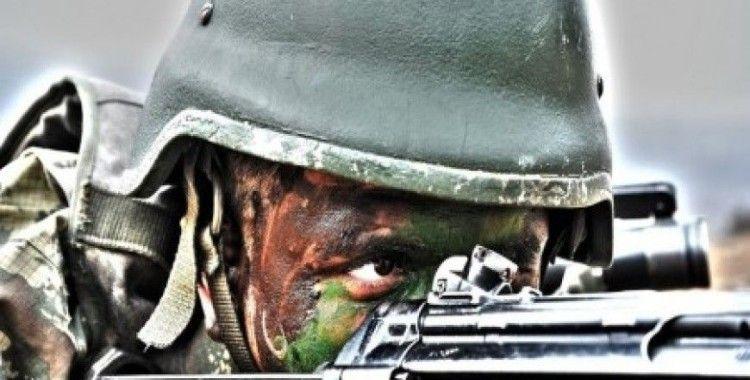 Genelkurmay Başkanlığı asker fotoğrafı paylaştı