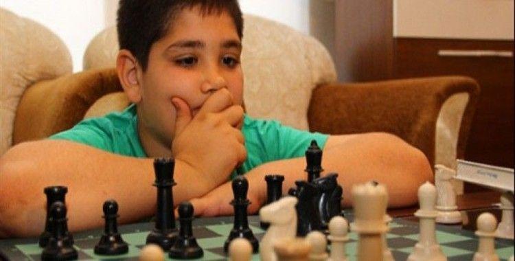 Satrançla çocuğunuzu geliştirin