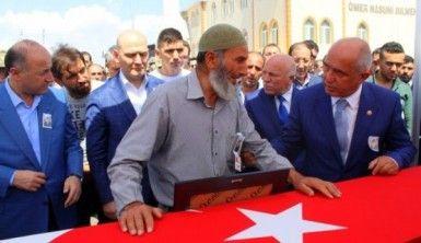 Erzurum şehidine ağladı