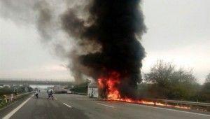 Otobüs alev alev yandı, yolcular ölümden döndü