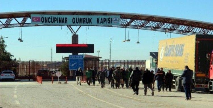 Halep'ten Türkiye sınırına geliyorlar