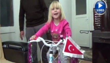 Küçük Livanur rüyasındaki bisiklete kavuştu