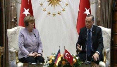 Erdoğan, Merkel görüşmesinde neler konuşuldu