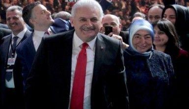 AK Parti'nin referandum kampanyası tanıtıldı