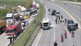 İstanbul'da servis minibüsünde patlama, 6 yaralı