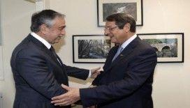 Kıbrıs'ta müzakerelere tamam mı devam mı toplantısı