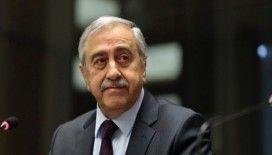 Akıncı, Çavuşoğlu ile telefonda görüştü