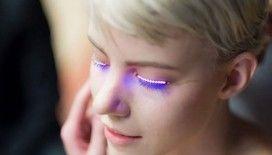 Yeni güzellik trendi, LED takma kirpikler