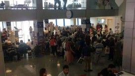 Ercan Havalimanında 5 saatlik rötar yolcuları kızdırdı
