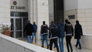 35 asker hakkında gözaltı kararı alındı