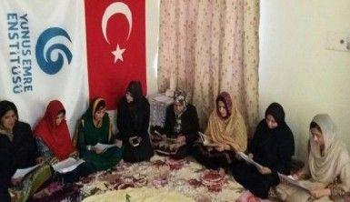 Türk askerinin başarısı için dua ettiler