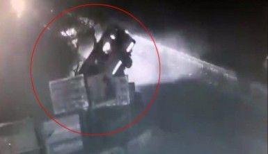 Yolcu minibüsü nehre uçtu, 13 ölü
