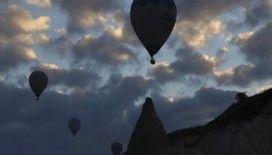 Sıcak hava balon turuna rüzgar engeli