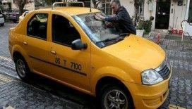 'Dansçı Murat' taksi şoförü oldu