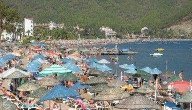 Antalya Nisan'a turist rekoru ile girdi