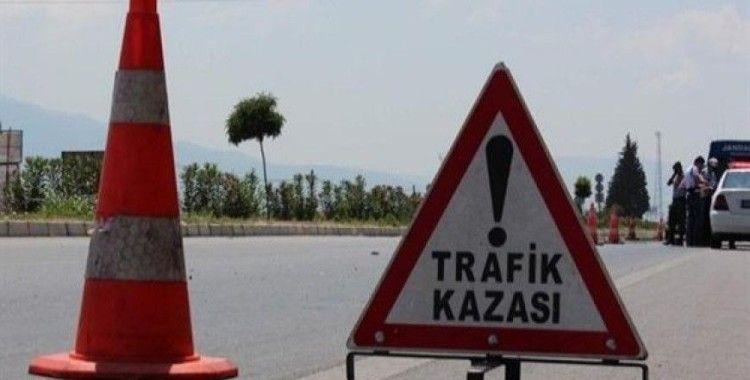 Ankara'da işçi servisi ile minibüs çarpıştı, 5 yaralı