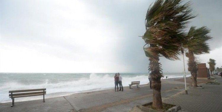 Yaklaşan 'Tropik Fırtına'da saat saat yapılması gerekenler