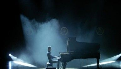 Peter Bence İzmir'de konser verdi
