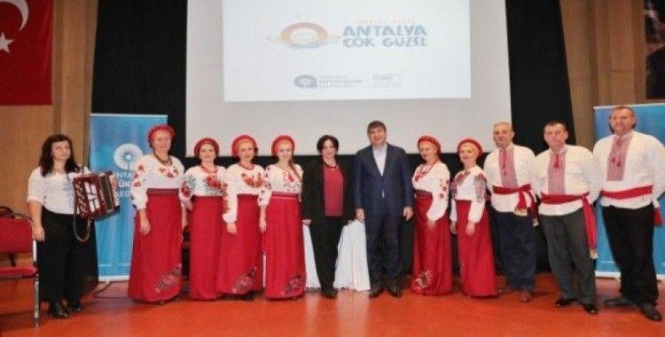 Başkan Türel yabancı uyruklu vatandaşlarla buluştu