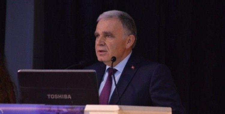 Kastamonu'da okul idarecilerine yönetim becerileri ve liderlik konferansı verildi