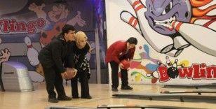 Engelli öğrenciler bowling turnuvasında