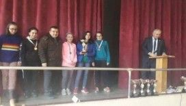 Merkez Ortaokulu öğrencilerinden Santranç'da büyük başarı