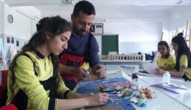 Geleceğin sanatçılarına uygulamalı eğitim