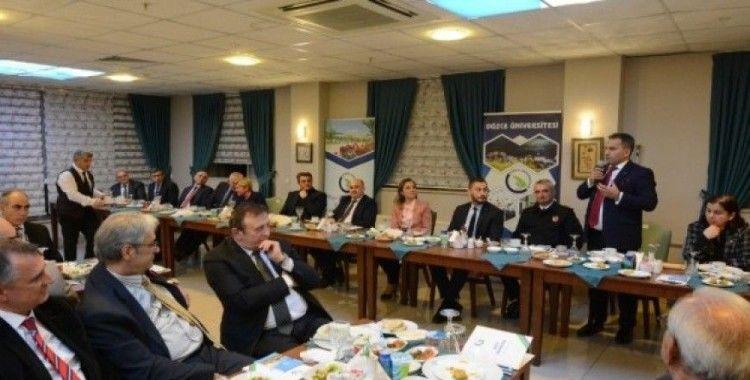 Düzce Üniversitesi İlk Danışma Kurulu toplantısını gerçekleştirdi