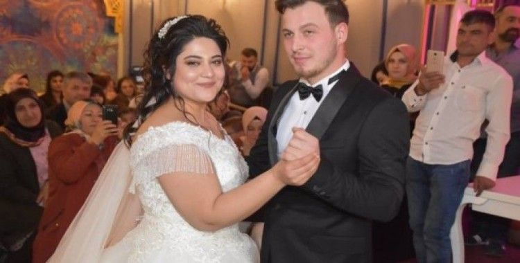 Yetiştirme yurdunda büyüyen çiftin masal gibi düğünü