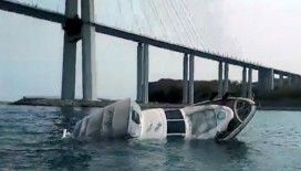 Rusya'da batık gemiye takılan tekne battı