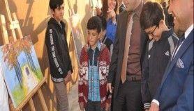 Bulanık'ta öğrencilerden resim sergisi ve Ramazan gösterisi