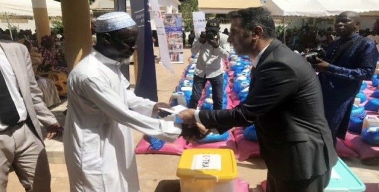 TİKA'dan Mali'de 500 aileye gıda yardımı