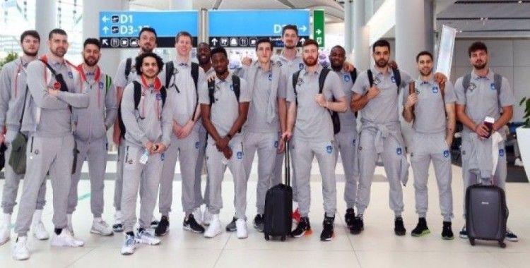 Anadolu Efes Final Four için yola çıktı