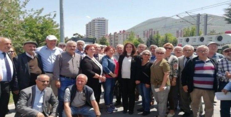 Cumhuriyet Halk Partisi'nden İmamoğlu'na Destek Sürüyor