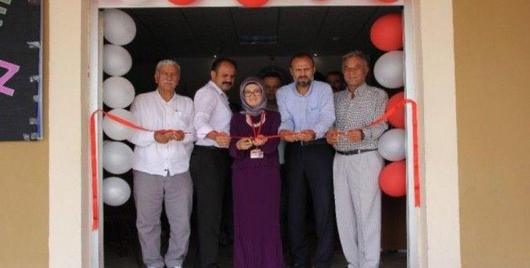 Hayat Boyu Eğitim Merkezi'nde giyim sergisi açıldı