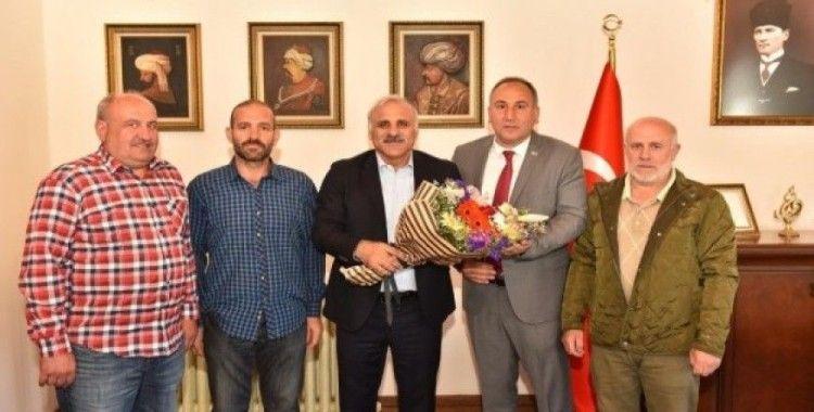 Sanayi esnafının Başkan Zorluoğlu'na ziyaretinde sanayinin taşınması gündeme geldi
