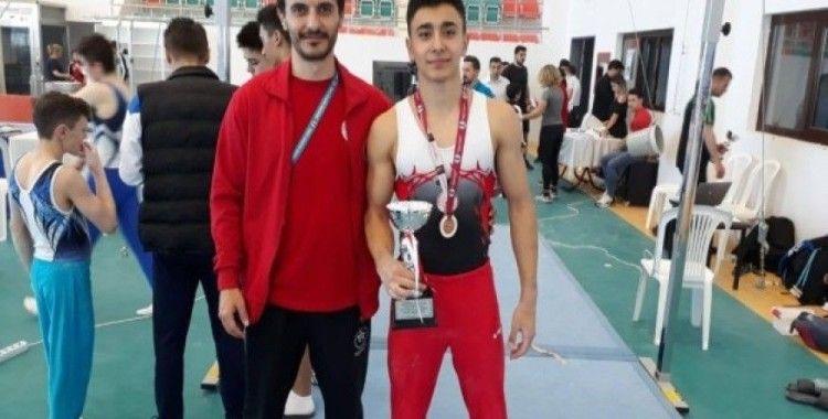 Hasan Bulut Cimnastik'te Türkiye Üçüncüsü