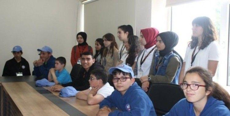 Bilecik'ten gelen özel çocuklar Kaymakam Yavuz'u ziyaret etti