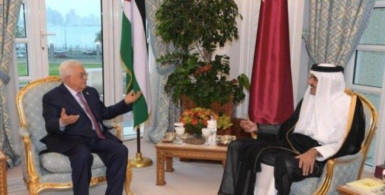 Filistin Devlet Başkanı Abbas Doha'da Katar Emiri ile görüştü