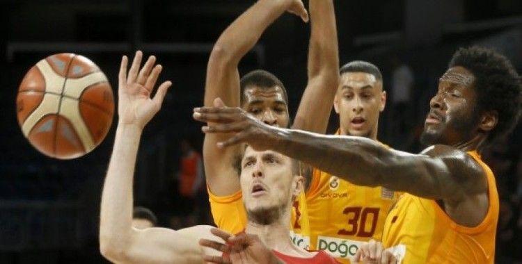 Galatasaray çeyrek final serisinde 1-0 öne geçti