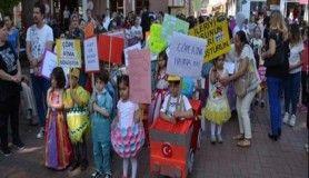 'Karnaval' gibi Çevre Günü kutlaması