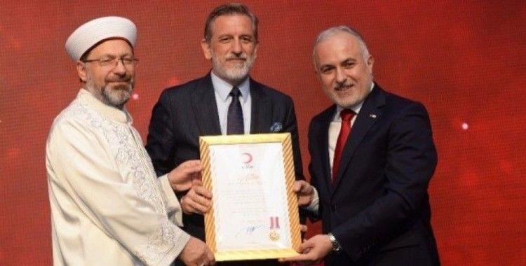 Türk Kızılay'ından Bursa iş dünyasına altın madalya