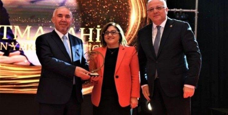 Spor yatırımları Şahin'e ödül getirdi