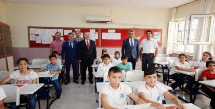Osmaniye'de 133 bin 252 öğrenci karne heyecanı yaşadı