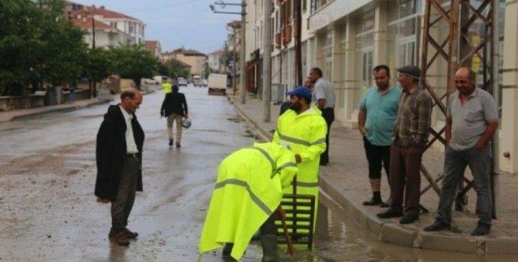 Karaman'da su baskınlarına belediye ekipleri anında müdahale etti